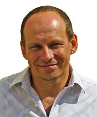 Tom Oberbichler, Buchmentor, Lektor, Schreibtrainer und Bestsellerautor